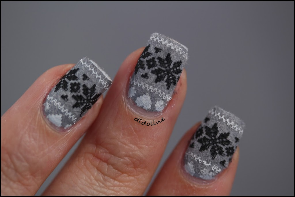 Velvet stamping sweater nails - Ongle effet pull ...