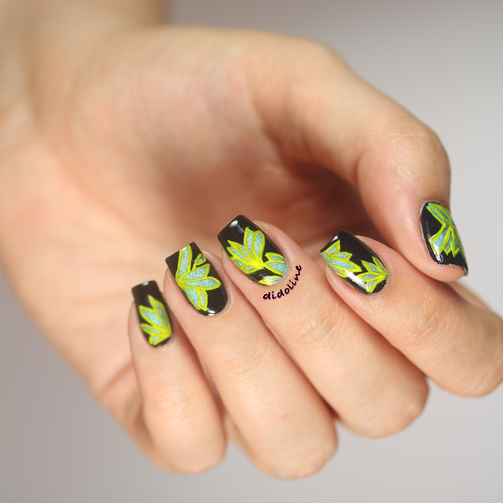 Fashion Friday Nails - Christian Siriano Resort 2015